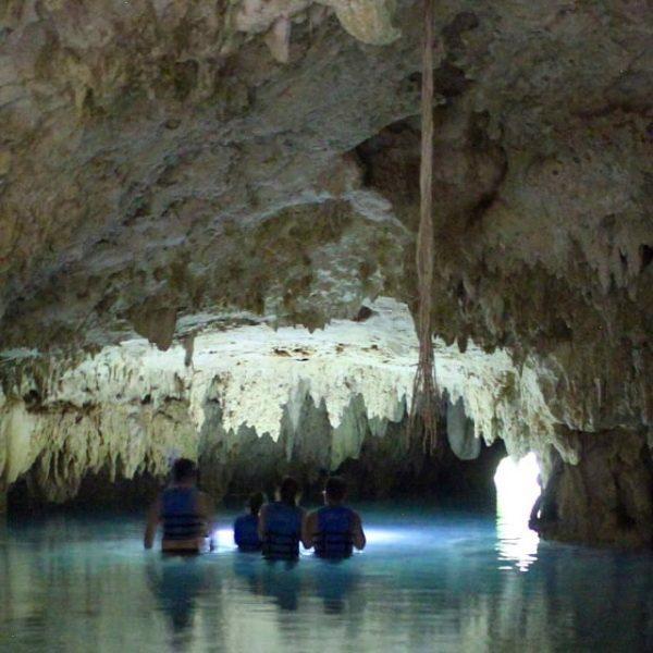 tulum-underground-book-cave-tour